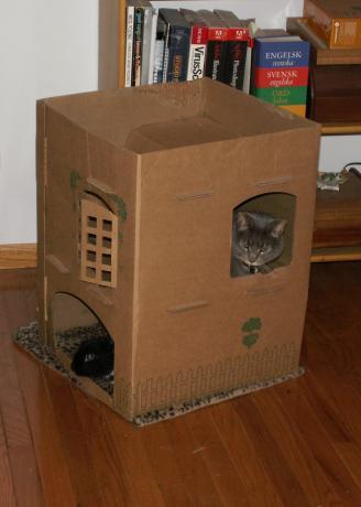Кошачий домик из коробки своими руками 90