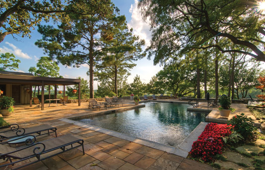 Magnificent properties com luxury real estate luxury for Luxury ranch texas