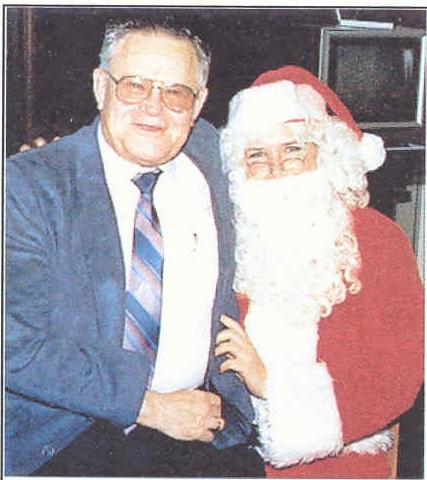 How nice that Collings was able to sit on Santa's lap and ask for more fraud presents.