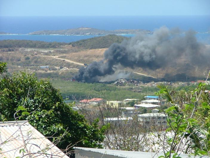Bovoni land fill fire 4/9/08 . nieldp.com