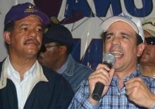 Alejandro Santos, mientras pronunciaba el discurso que dejaba juramentados a los nuevos miembros del Movimiento Unidad Nacional con Leonel