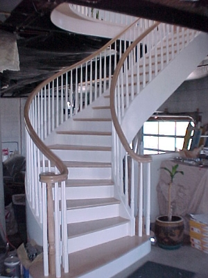 Curved Free Standing Stairs