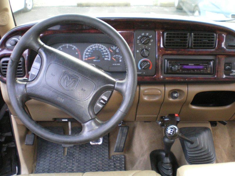 1998 DODGE RAM 2500 SPORT V10 4x4 EXT CAB